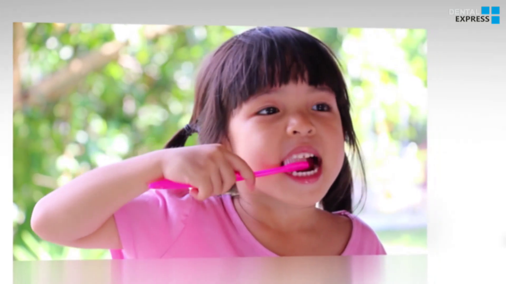 How-to-Teach-Your-Child-to-Brush-His-Teeth